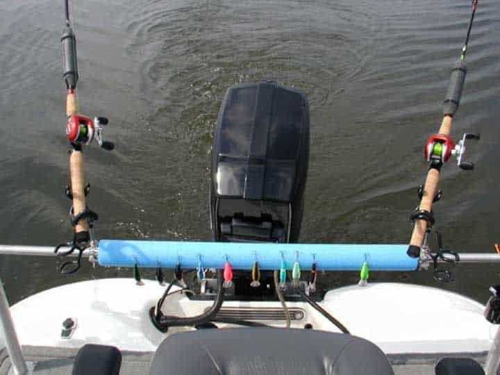 How To Choose Rods And Reels For Pontoon Boat Fishing